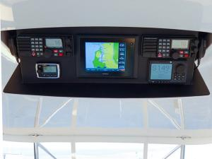 Garmin drop-down  - Custom Marine Electronics display