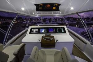 Bridge electronics - Custom Marine Electronics